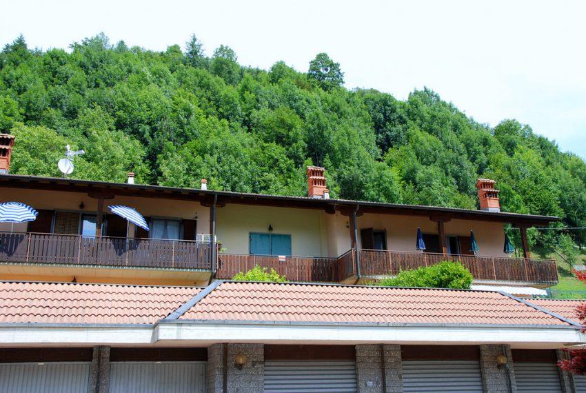 esterno bilocale panorama gorno vendita