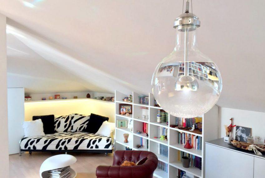 living vendita bergamo attico carducci