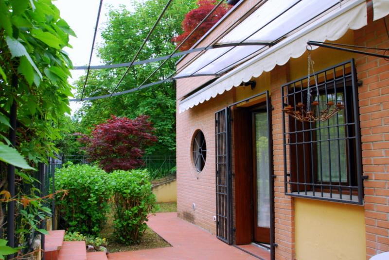 esterno trilocale vendita ponte san pietro briolo valbrembo giardino portico veranda