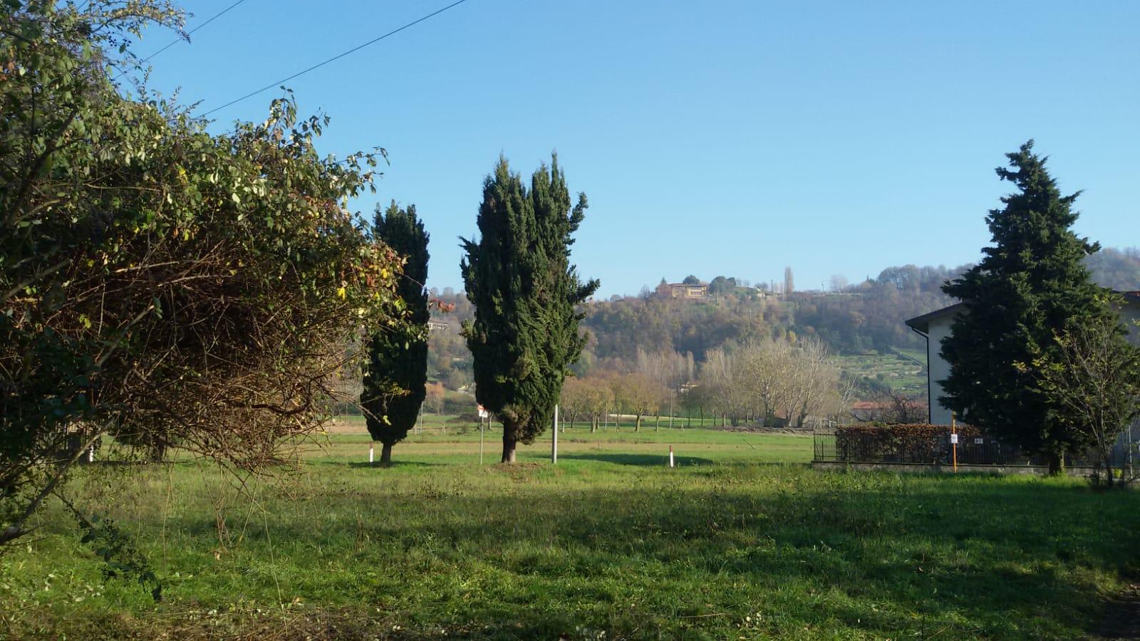 Valbrembo – Sombreno – villa singola con terreno