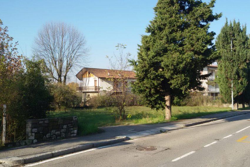 casa indipendente villa bifamiliare due unità ristrutturare giardino sombreno valbrembo vendita colli città alta fontana bergamo posizione ottima