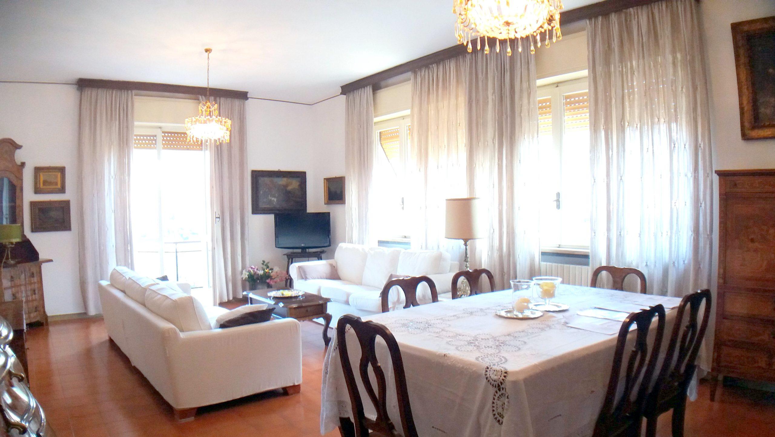 Curno – Pentalocale con taverna e giardino privato