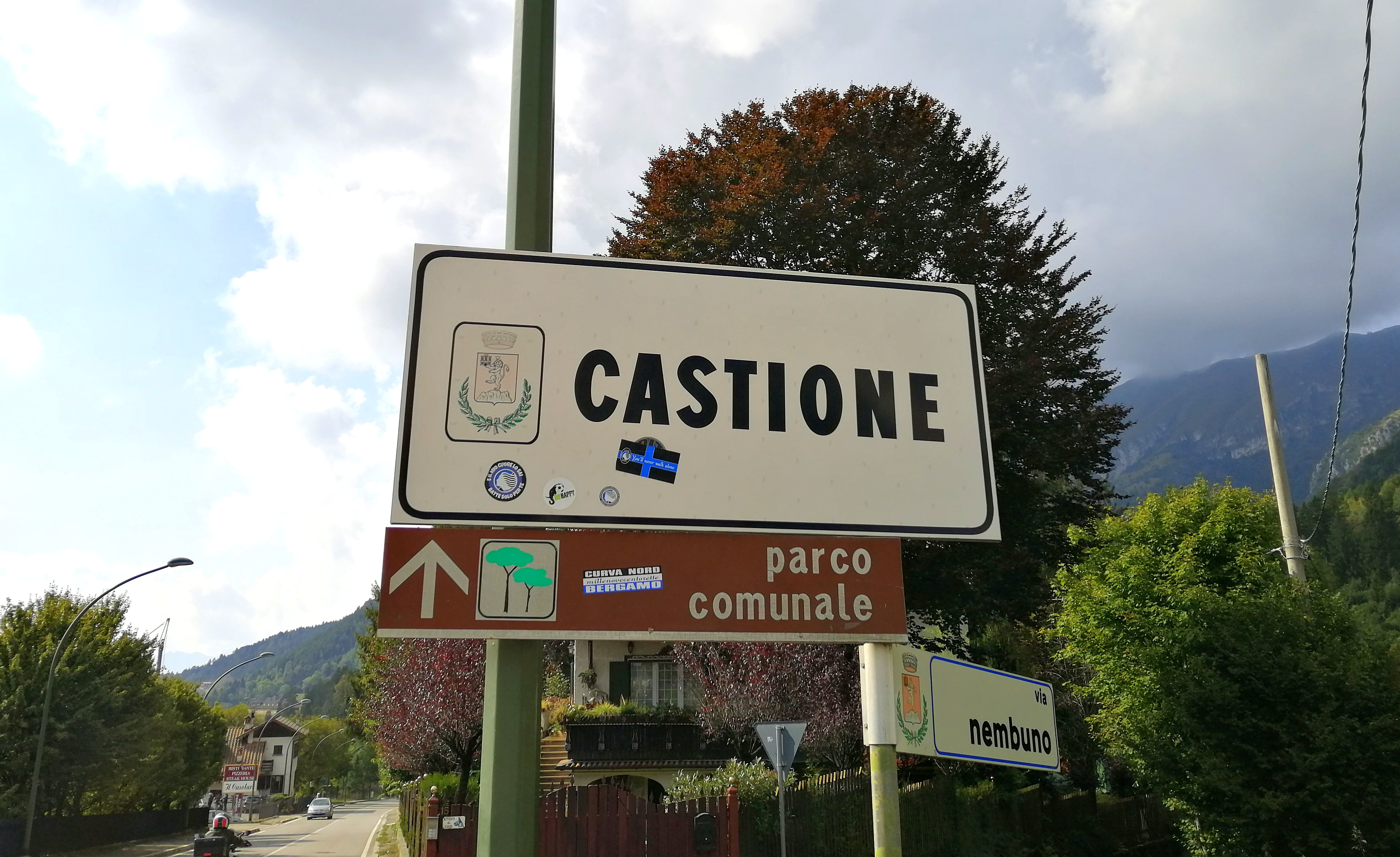 Castione Presolana- Villa bifamiliare con giardino
