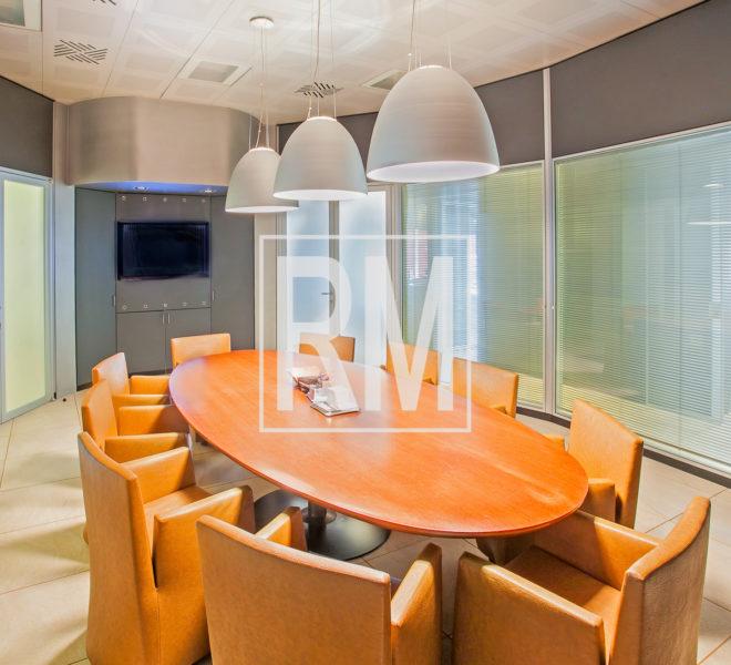 Curno ufficio studio commerciale antifurto climatizzazione Briantea parcheggio reception ripostiglio riscaldamento autonomo