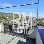 Rapallo trilocale terzo piano ascensore due bagni vista mare piscina residence campo da golf campo da bocce calcetto